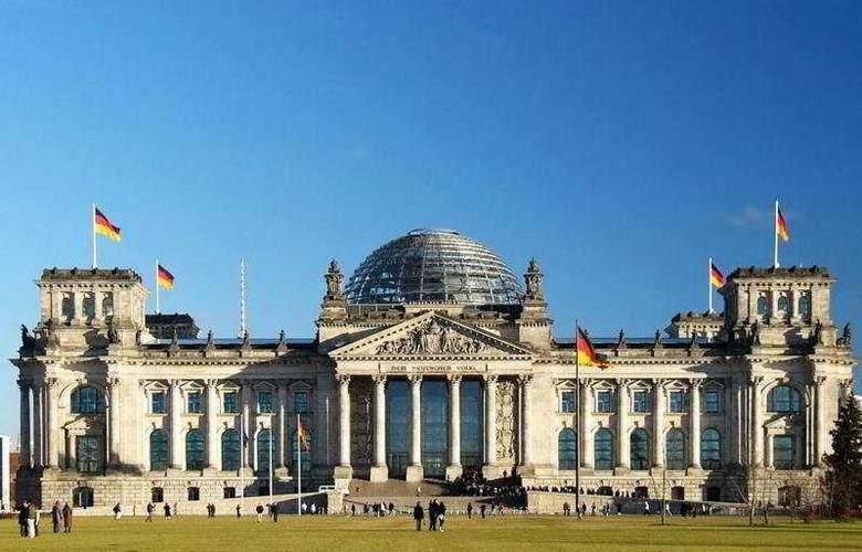 Roulette Berlin Friedrichshain 4* - General - 2