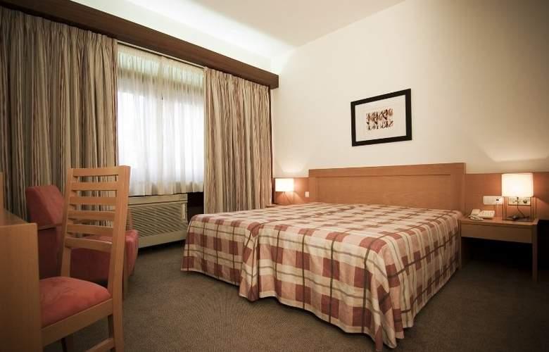 Eurosol Leiria & Eurosol Jardim - Room - 7