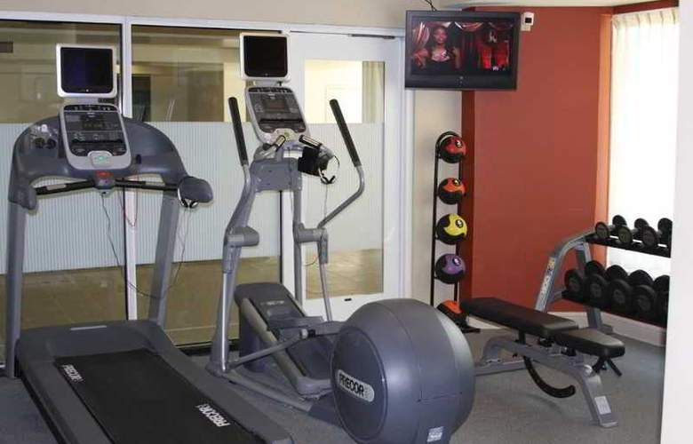 Hilton Garden Inn Livermore - Sport - 5