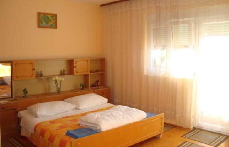 Villa Luketa - Room - 26