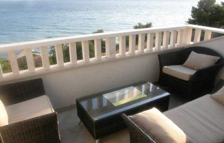 Stipe Aparthotel - Terrace - 10
