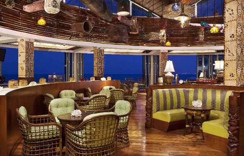 Hilton Doha - Bar - 24