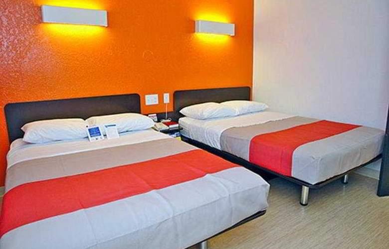 Motel 6 Jackson - Room - 2