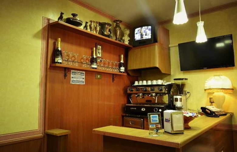 Colombo - Bar - 22