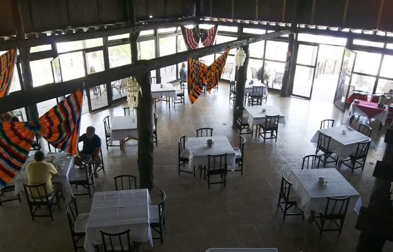 Los Lirios - Restaurant - 4