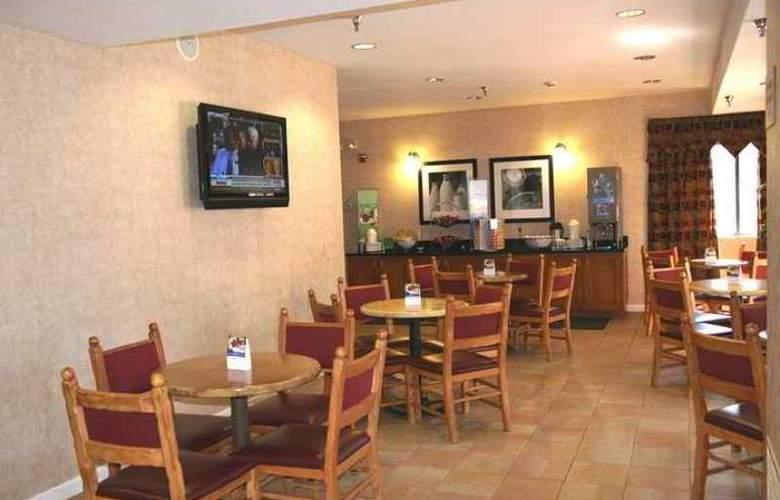 Hampton Inn Flagstaff - Hotel - 4