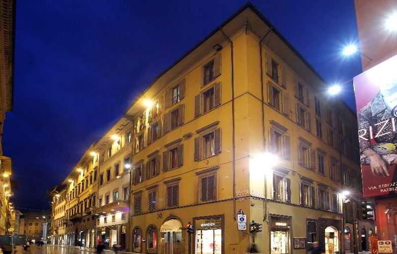 Room Mate Isabella - Hotel - 5