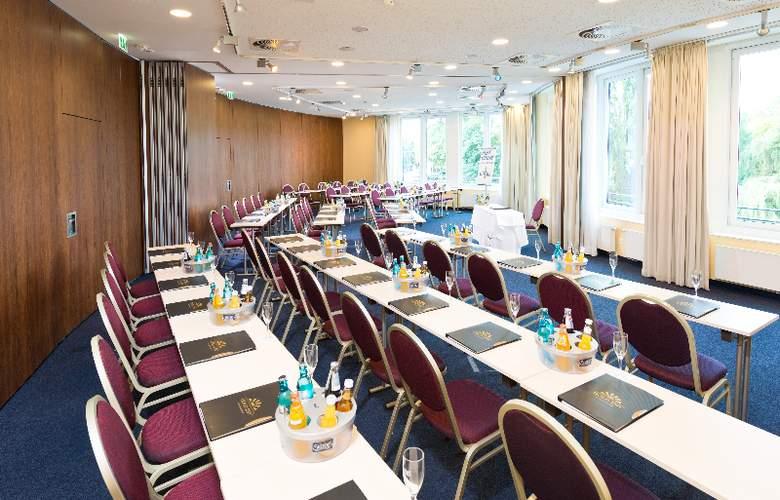 GOLD INN - Adrema Hotel - Conference - 24