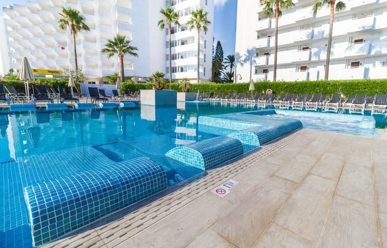 Eix Lagotel Hotel y apartamentos - Pool - 20