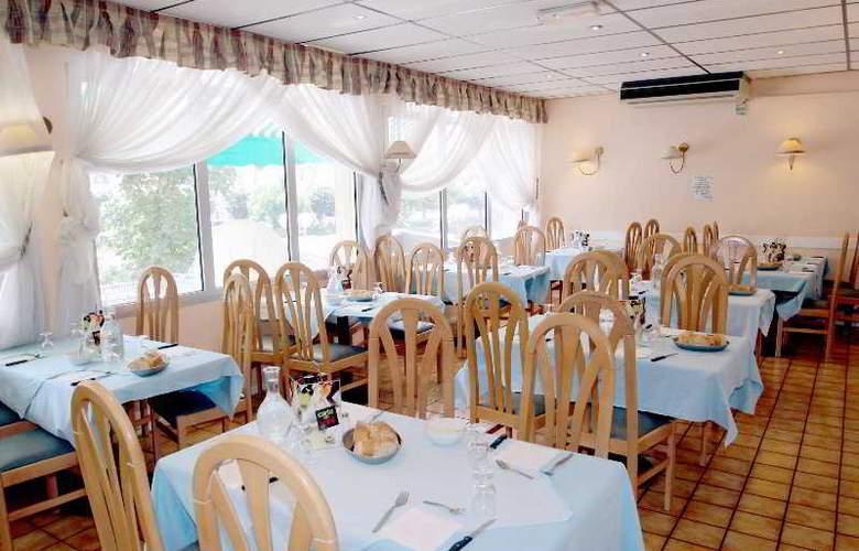 Tara - Restaurant - 12