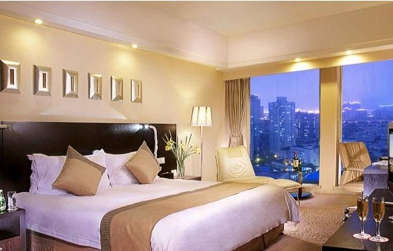 Ramada Plaza Gateway - Room - 10