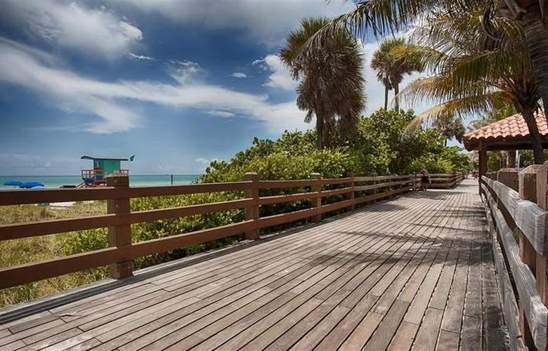 Best Western Plus Atlantic Beach Resort - Hotel - 65