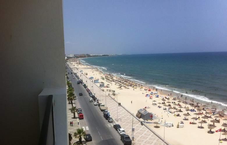 Aparthotel Boujaafar - Beach - 0
