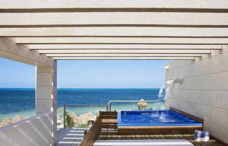 Beloved Hotel Playa Mujeres - Pool - 24