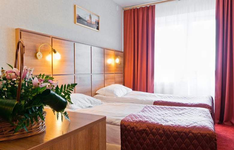 Ohtinskaya - Room - 3