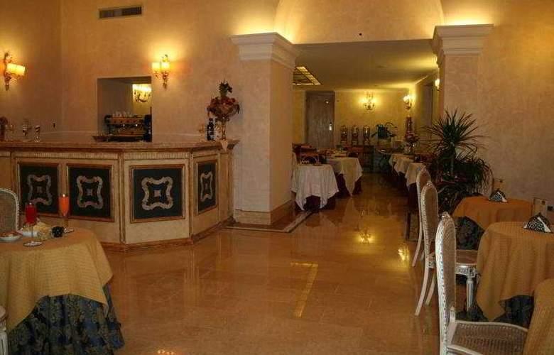 Veneto Palace - Restaurant - 10