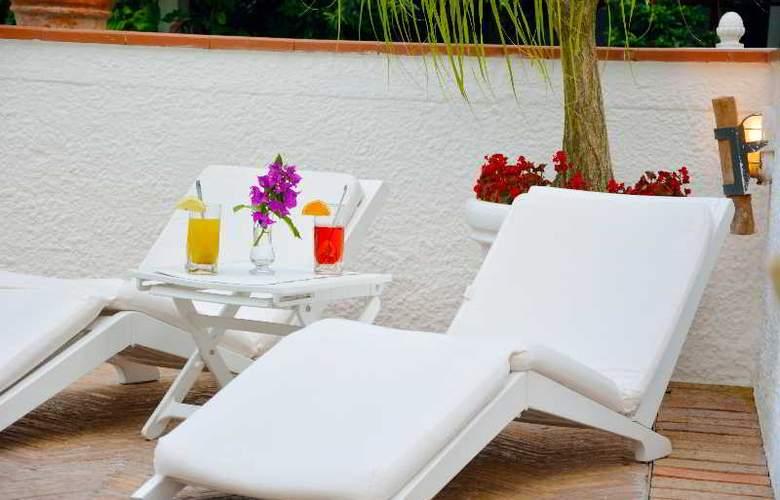 Villa Romana - Pool - 19