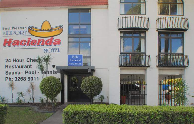 Best Western Airport Hacienda - Hotel - 38