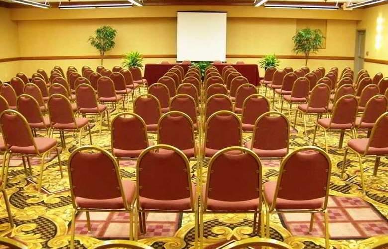 Hilton Garden Inn Las Colinas - Conference - 1
