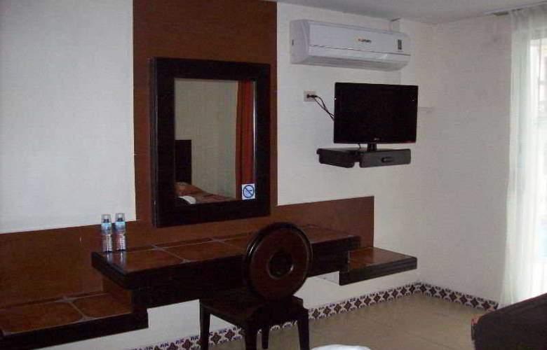 VF Hotel - Room - 2