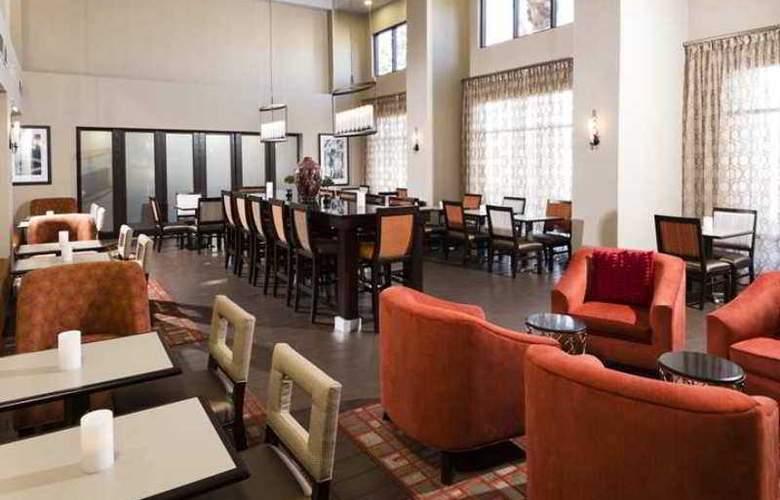 Hampton Inn & Suites Las Vegas South - Hotel - 5