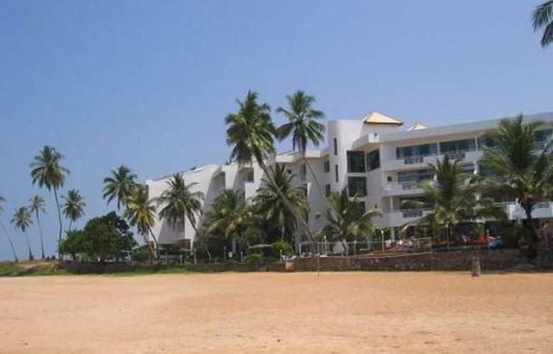 Induruwa Beach Resort - Hotel - 0
