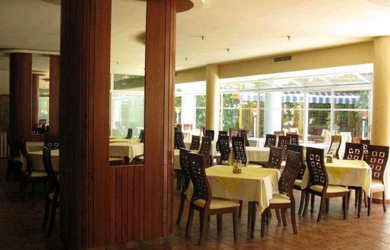 Perla - Restaurant - 8