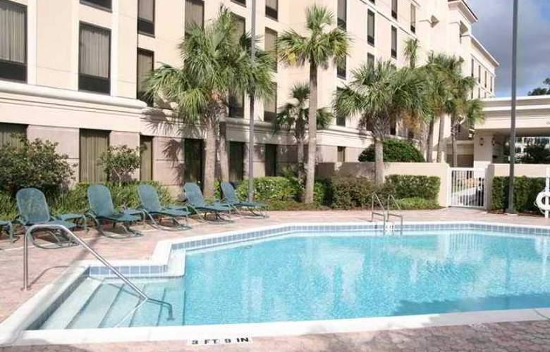 Hampton Inn & Suites Lake Mary At Colonial - Hotel - 3