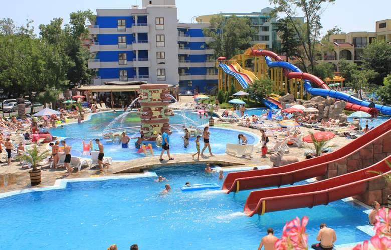 Kuban Resort & Aqua Park - Pool - 3