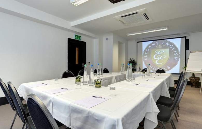 The Gainsborough - Conference - 4