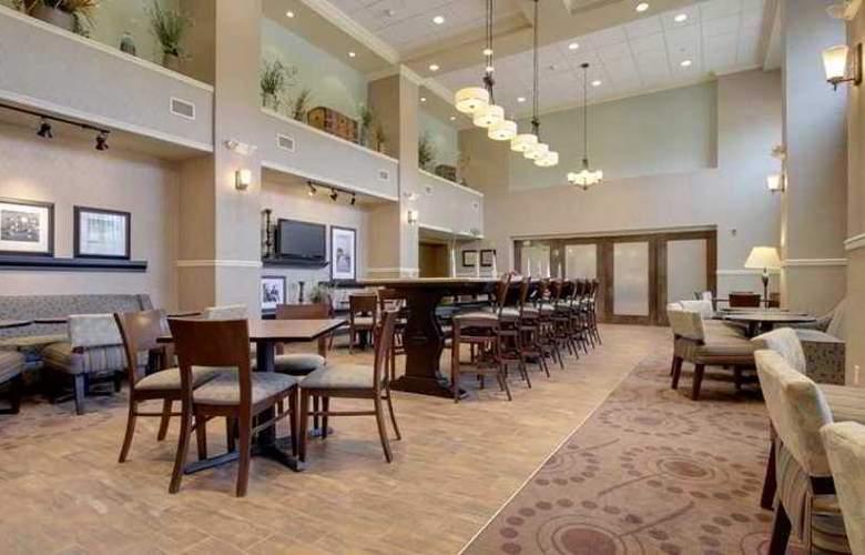 Hampton Inn & Suites Grafton - Hotel - 0
