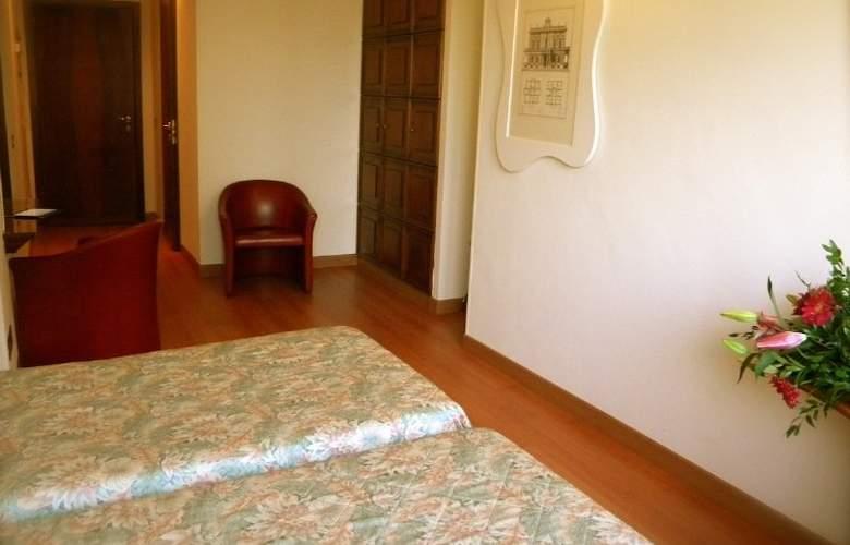 President Prato - Room - 4