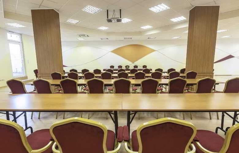 Premium Apartment House - Conference - 15