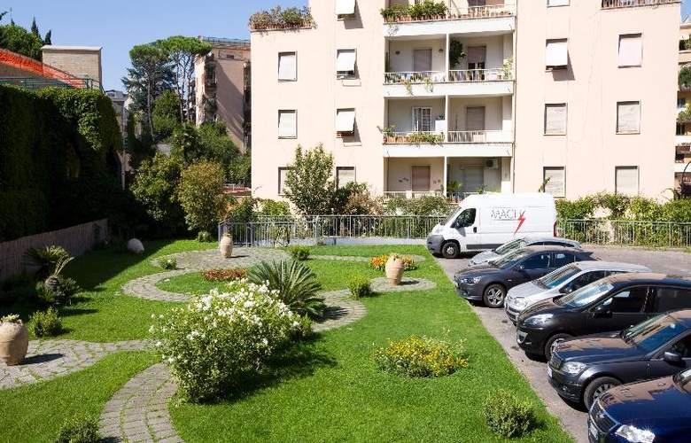 Grand Hotel Tiberio - Hotel - 9