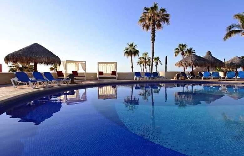 Finisterra - Pool - 14
