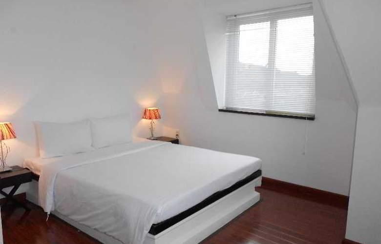 Paragon Villa Hotel - Room - 2