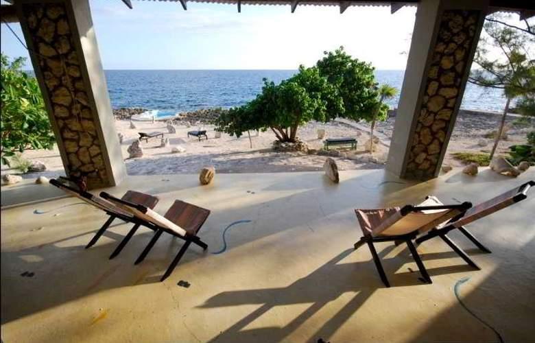 Jackies on the Reef - Terrace - 2