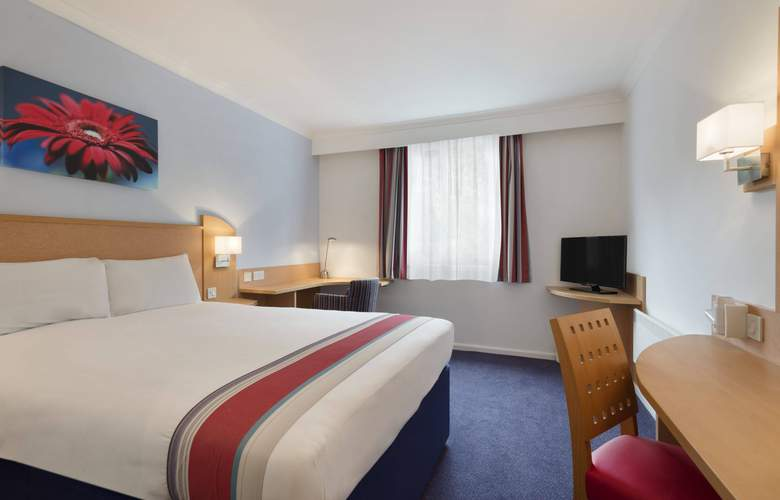 Ramada by Wyndham Wakefield - Room - 2