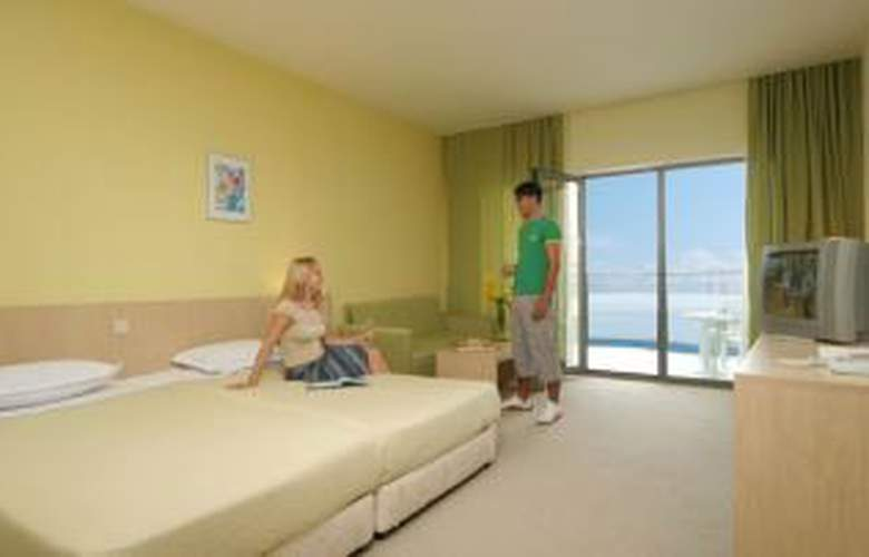 Golden Beach Park - Room - 2