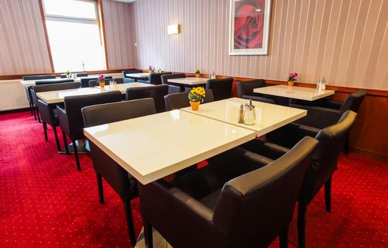 City Garden - Restaurant - 16