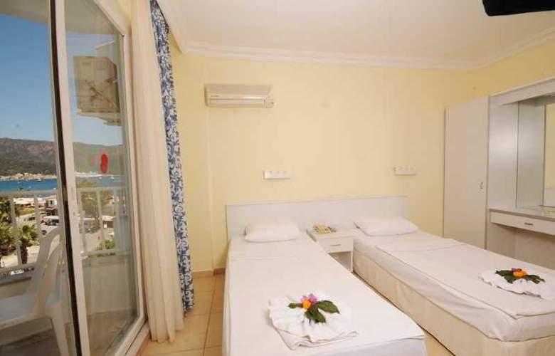 Sonnen Hotel - Room - 9