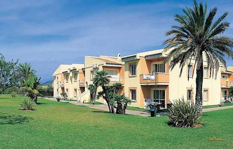 BQ Alcudia Sun Village - Hotel - 7
