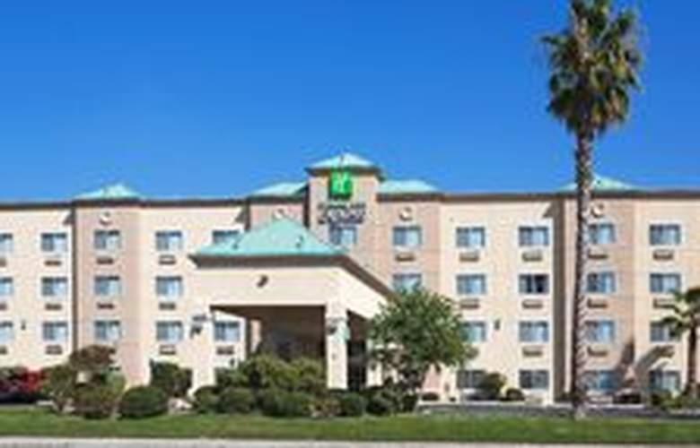 Holiday Inn Express Bakersfield - General - 1
