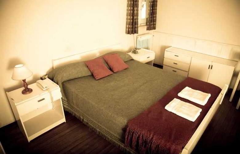 You San Rafael - Room - 17