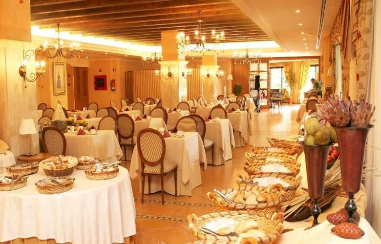Mon Port Hotel Spa - Restaurant - 146