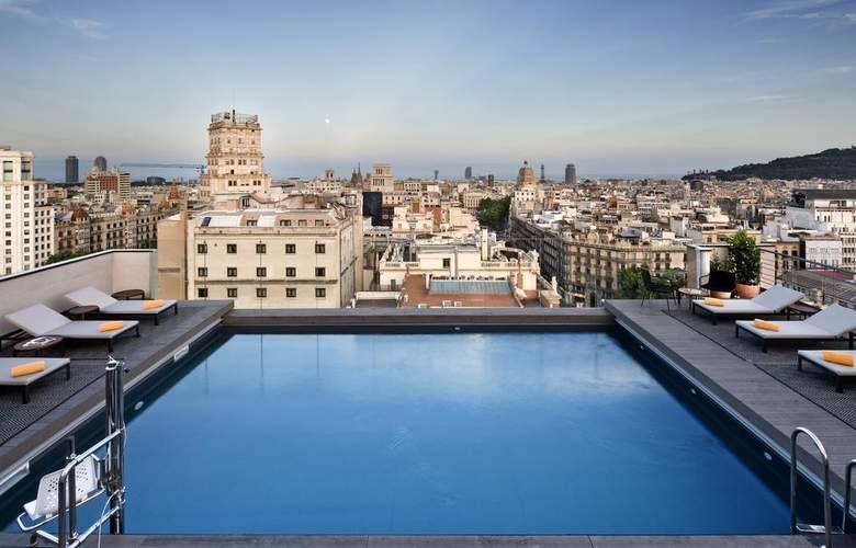 NH Collection Barcelona Gran Hotel Calderón - Pool - 3