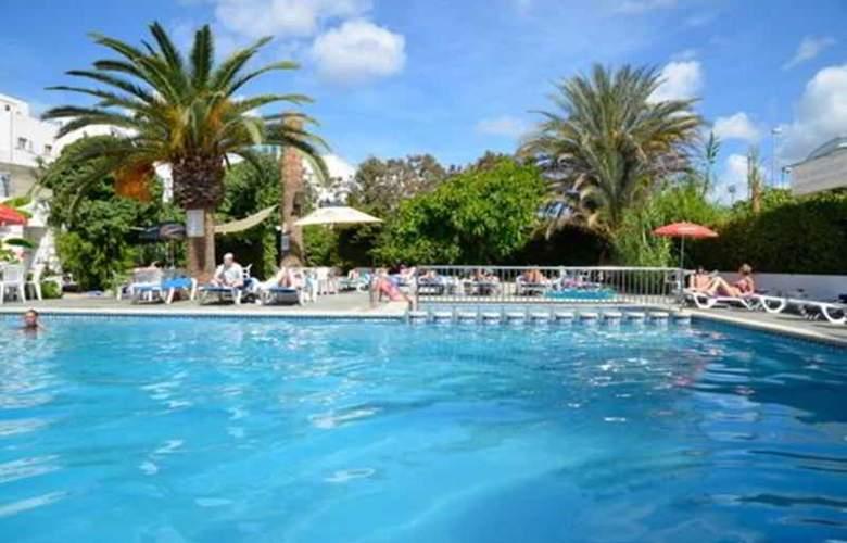 Azuline Hotel Llevant - Pool - 11