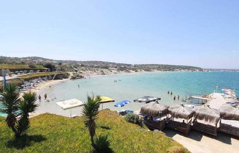 Babaylon Hotel - Beach - 8