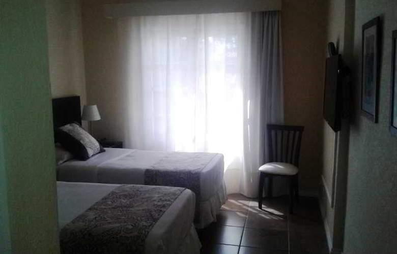 Joan Miro Hotel - Room - 6