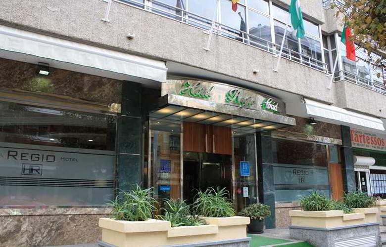 Regio - Hotel - 1